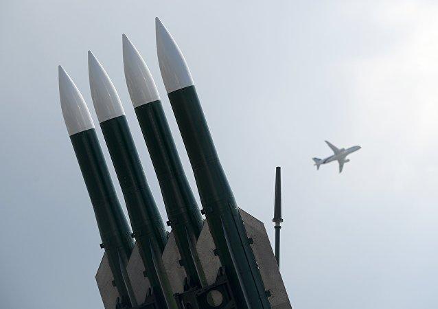 Sistema de defesa antiaérea Buk (imagem referencial)