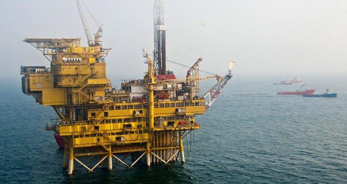 Plataforma petrolífera na baia de Bohai