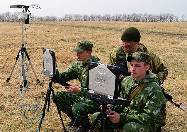 Militares durante exercícios das Forças Armadas da Rússia