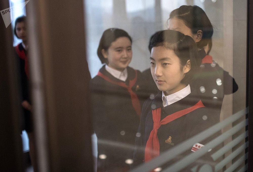 Alumnas norte-coreanas