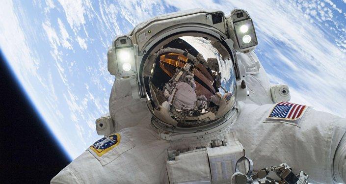 O astronauta americano (imagem referencial)