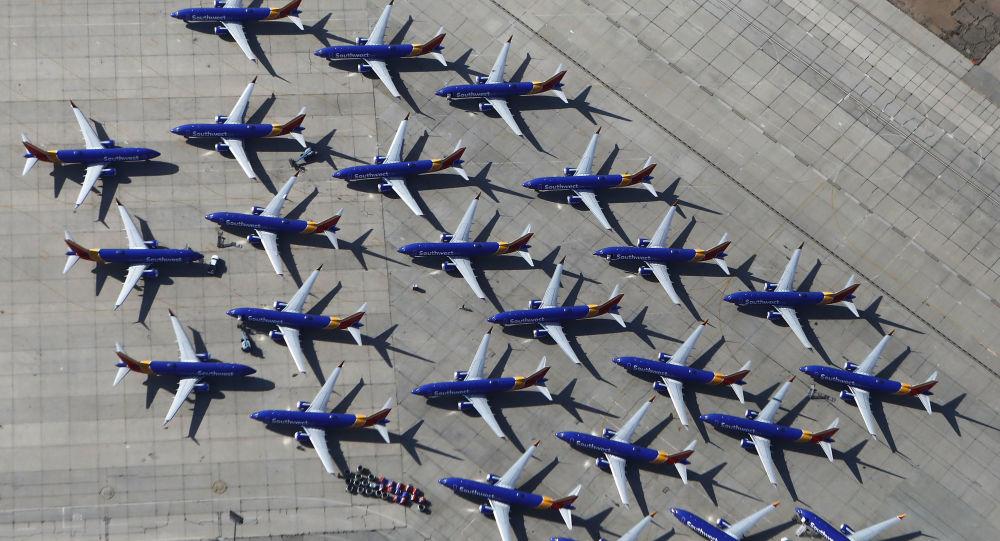 Aviões Boeing 737 MAX da Southwest Airlines no aeroporto de Victorville, no estado americano da Califórnia