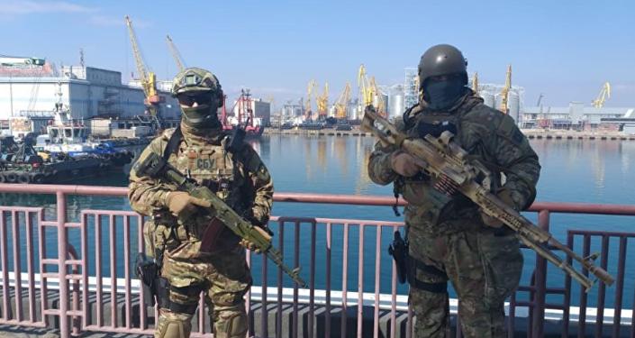 Forças especiais patrulham cidades ucranianas na véspera das eleições