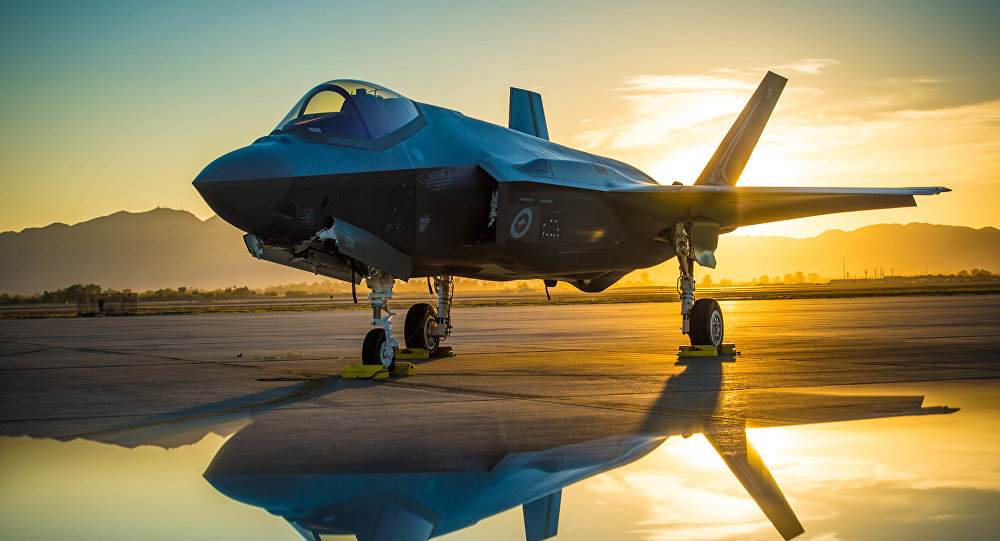 Caça americano F-35A Lighting II na Base Aérea de Luke