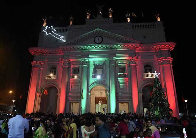 Catedral de Santa Lúcia, em Colombo, Sri Lanka, durante missa de Natal em 25 de dezembro de 2016