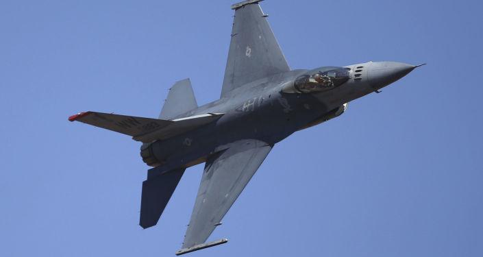 Caças F-16 (imegem referencial)