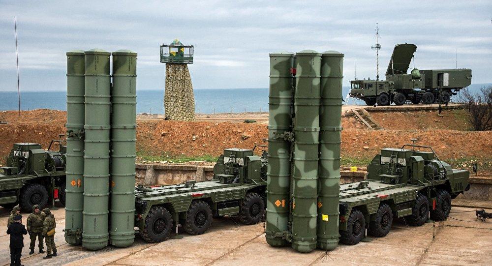 Sistemas de defesa antiaérea S-4000 Triumph (foto de arquivo)