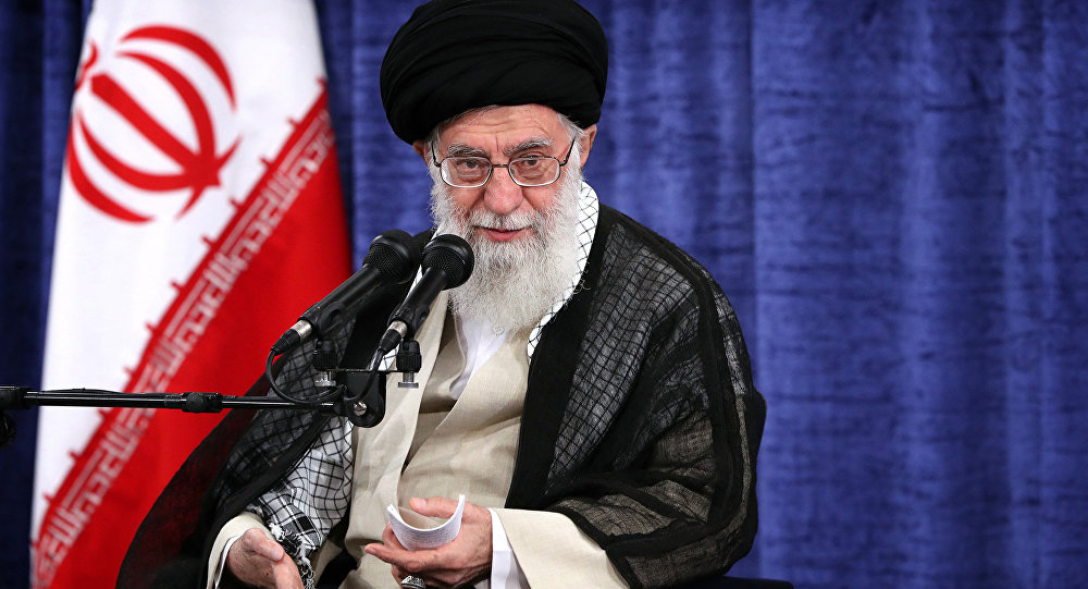 Teerã não pretende negociar com Washington, afirma líder supremo