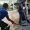 Pá e muita gargalhada: como não resgatar cobra