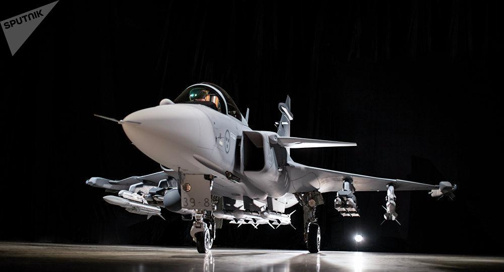 Caça sueco Gripen E 39-8, da empresa Saab