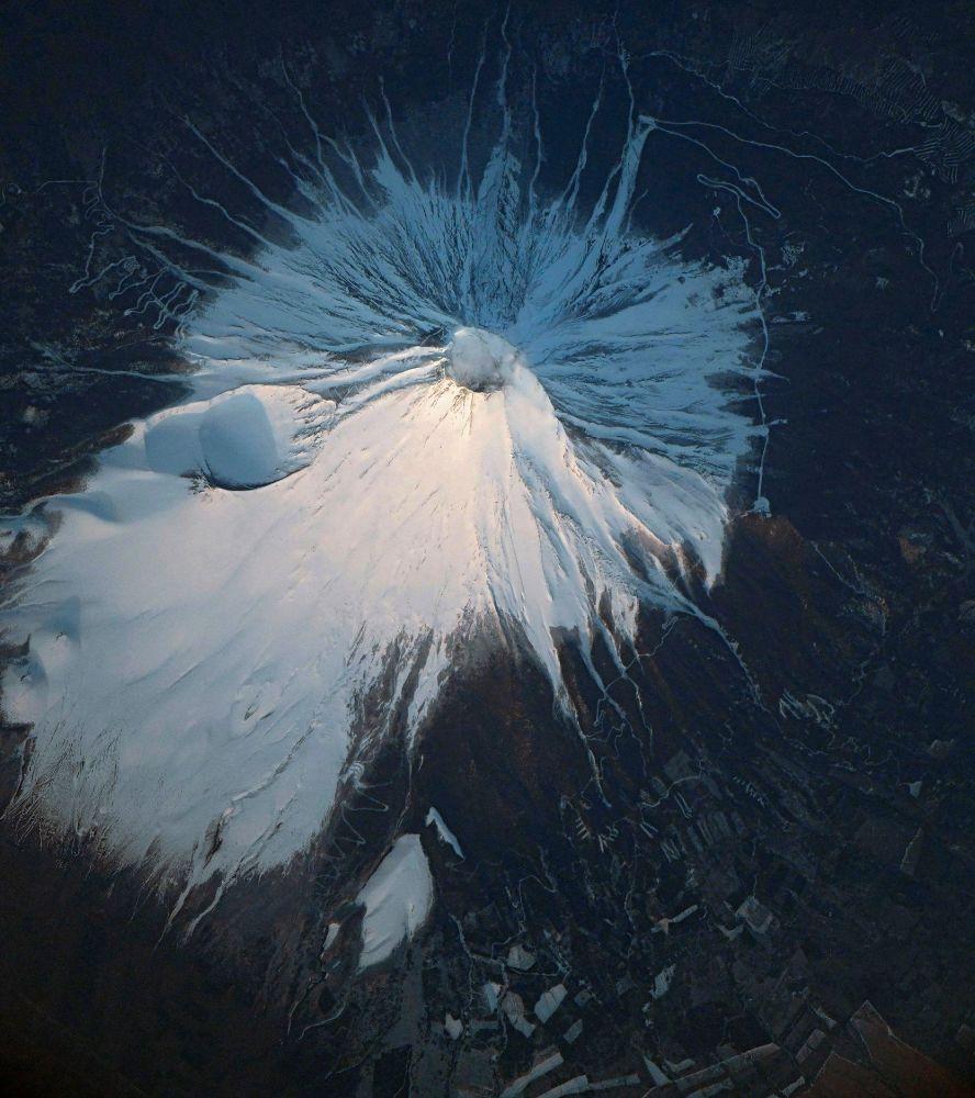 Vulcão Fuji fotografado a partir da Estação Espacial Internacional (EEI)