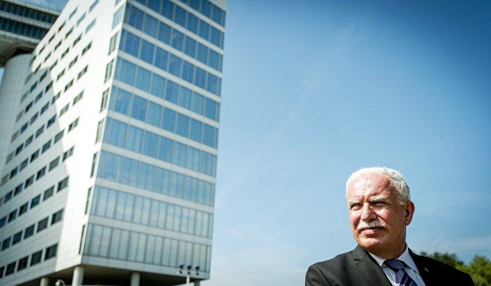 O ministro das Relações Exteriores da Palestina, Riyad al-Maliki, em Haia