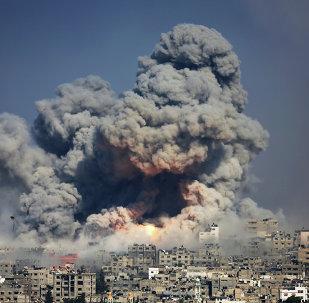 Ataque israelense contra a cidade de Gaza, em julho de 2014