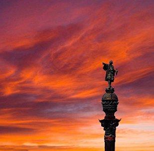 O monumento de Cristovão Colombo em Barcelona