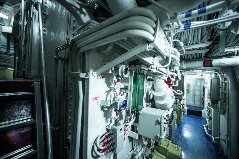 Compartimentos da corveta russa Sovershenny