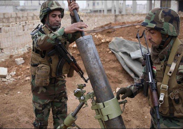 Combatentes da milícia Peshmerga (curdos iraquianos) em Kobane