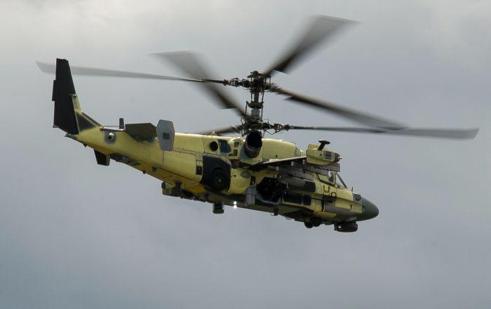 Ka-52 Alligator durante voo de teste