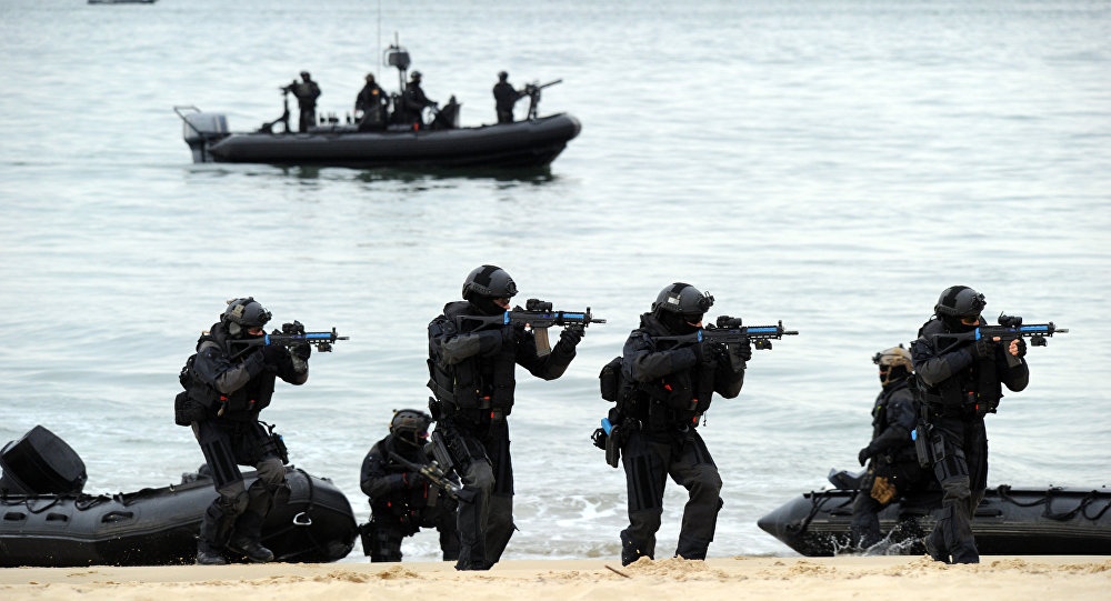Exército francês durante exercícios em abril de 2015