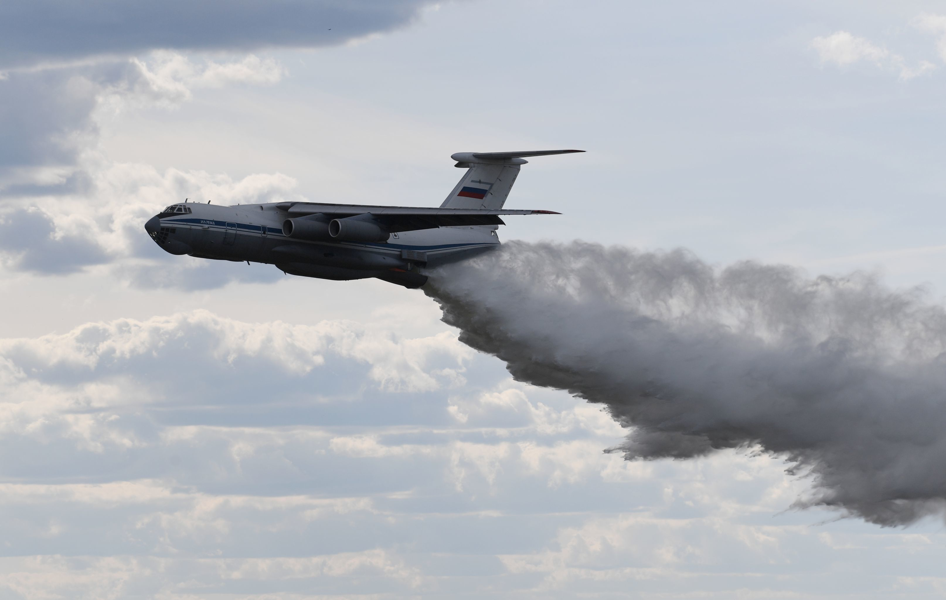 Aeronave de transporte militar russa Il-76MD durante o fórum internacional Exército 2019