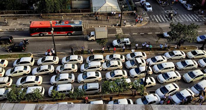 Taxistas fazem manifestação contra o aplicativo Uber em São Paulo