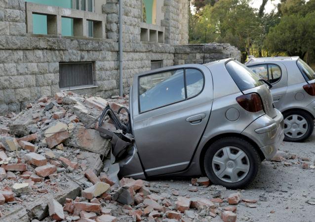 Terremoto deixou um rastro de destruição na Albânia