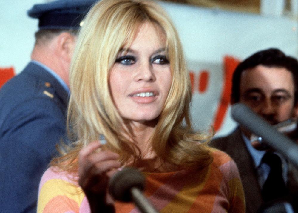 Brigitte Bardot celebra seu 85º aniversário
