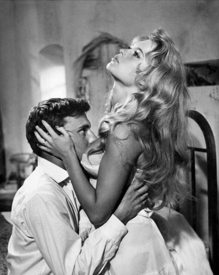 Brigitte Bardot e Jean-Louis Trintignant no filme E Deus Criou a Mulher (Et Dieu ... créa la femme), em 1956