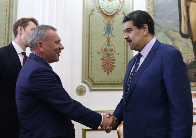 Presidente de Venezuela, Nicolás Maduro, recebe o vice-primeiro-ministro da Rússia, Yuri Borisov