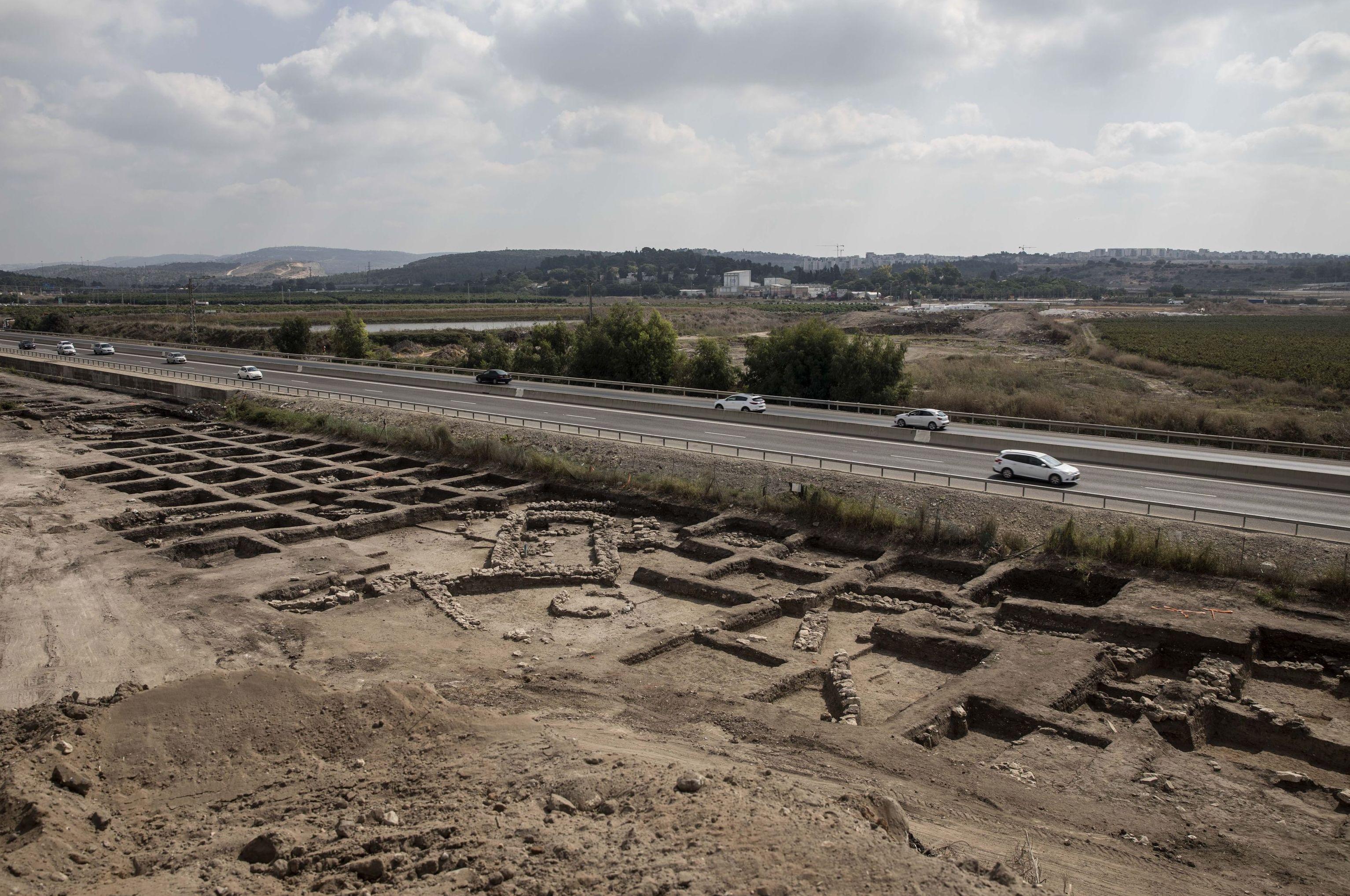 Vista geral de uma grande cidade de 5.000 anos descoberta no norte de Israel, 6 de outubro de 2019