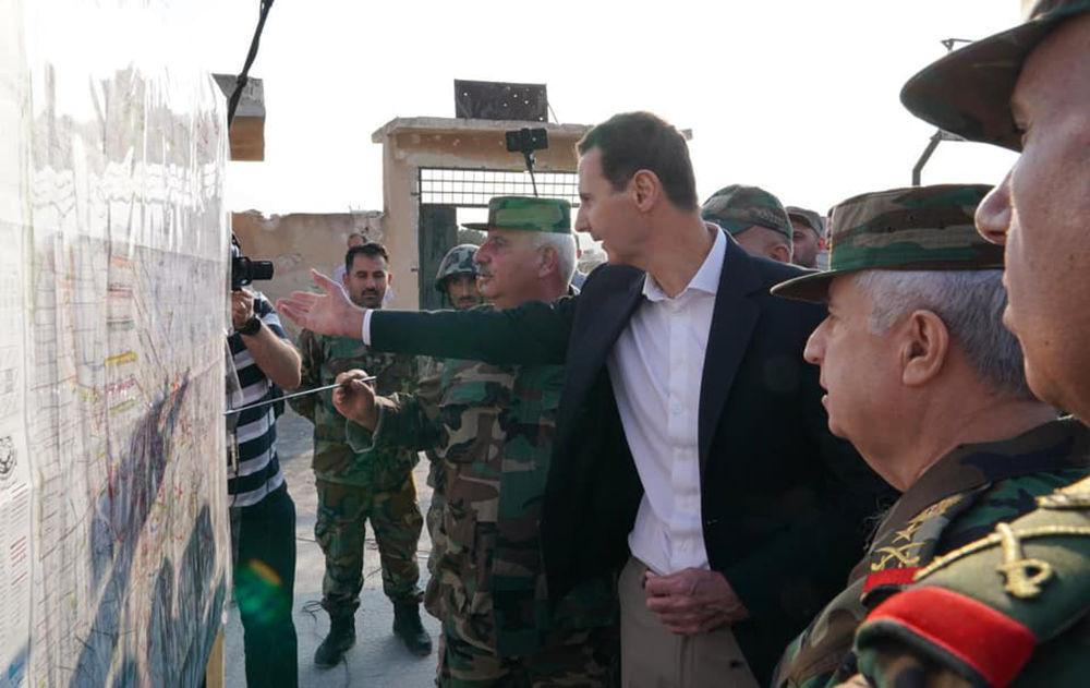 Assad analisa teatro de guerra sírio com seus generais