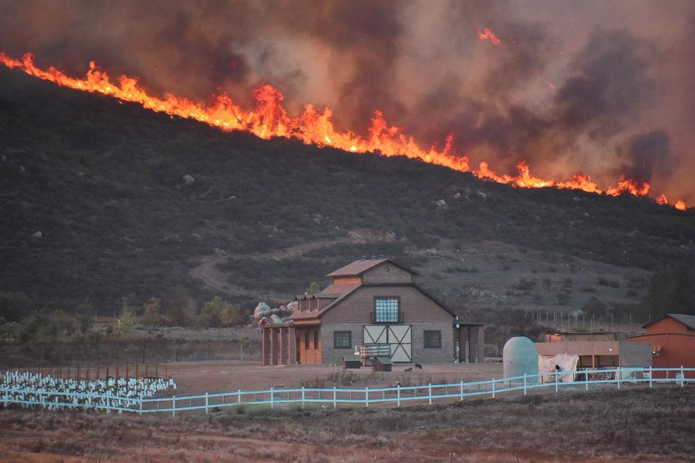 Incêndio florestal em Valle de Guadalupe, no México