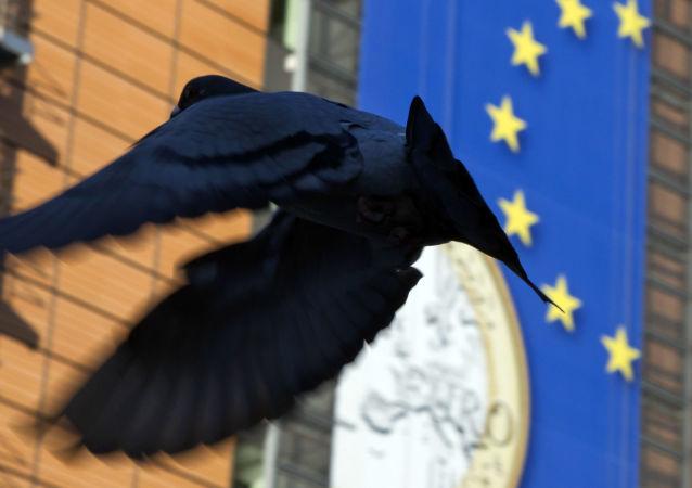 Crise na zona do euro: países deveriam ser autorizados a deixar a moeda única, diz diretor do Banco Central da Hungria