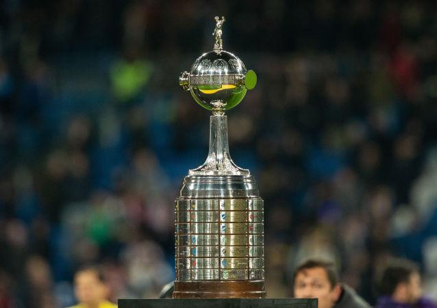 Troféu da Copa Libertadores da América.