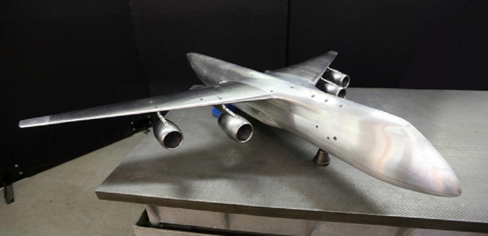 Modelo do Elefante, novo avião superpesado russo