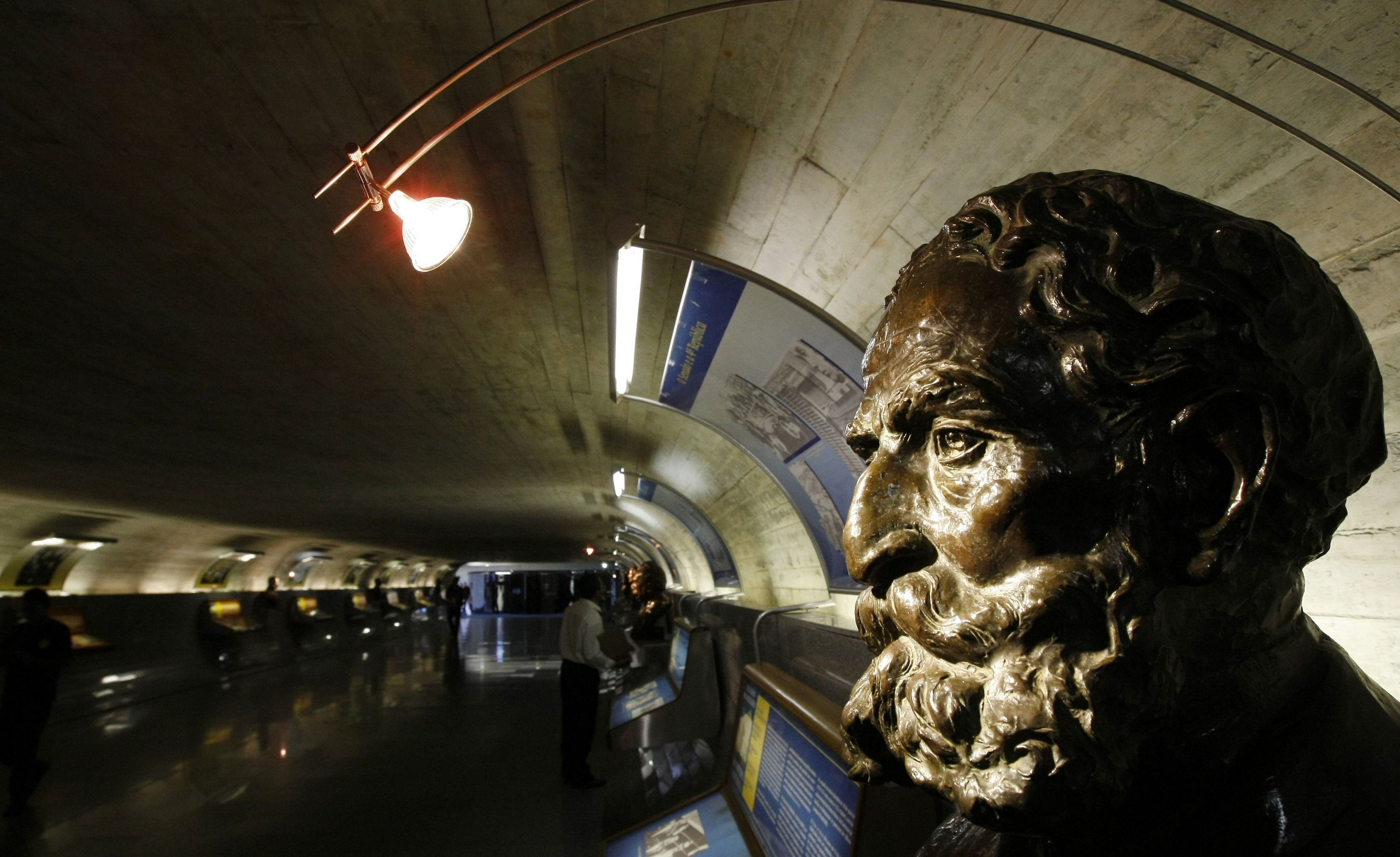 Busto do Marechal Deodoro da Fonseca, proclamador da República e primeiro presidente, no Túnel do Tempo do Senado Federal