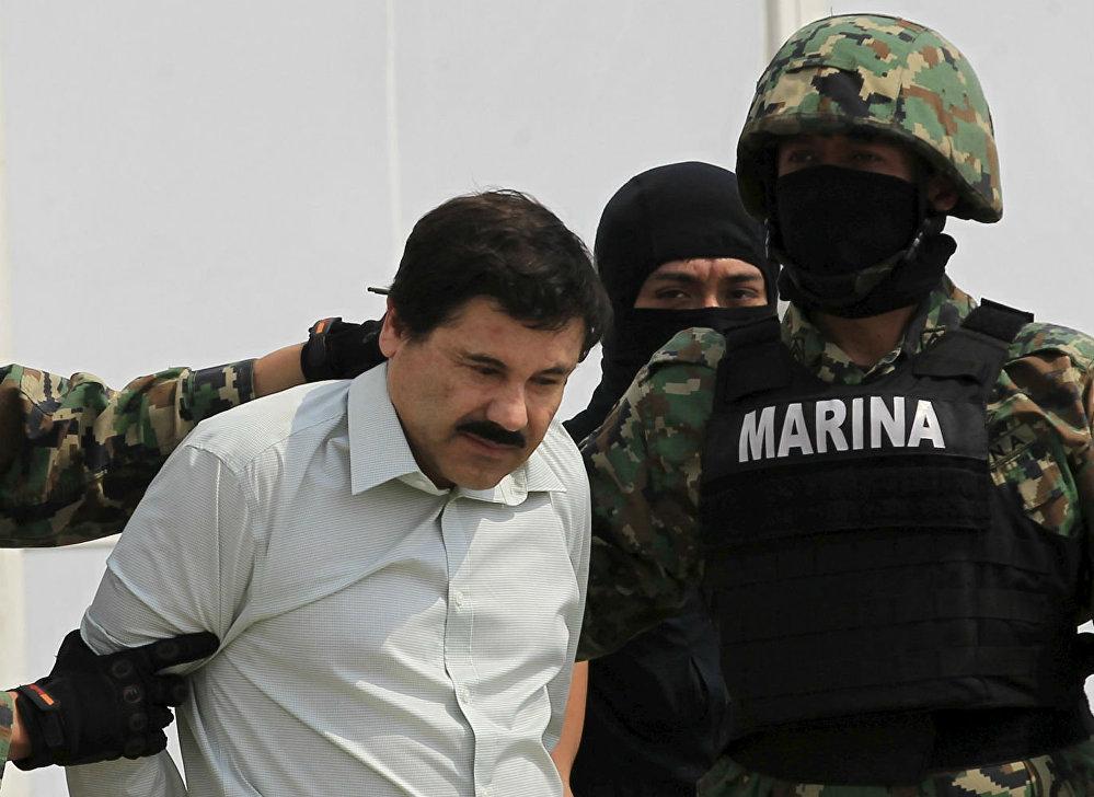 Joaquín Guzmán, El Chapo, ao ser capturado em 2014. Ele era um dos líderes do Cartel de Sinaloa, no México.