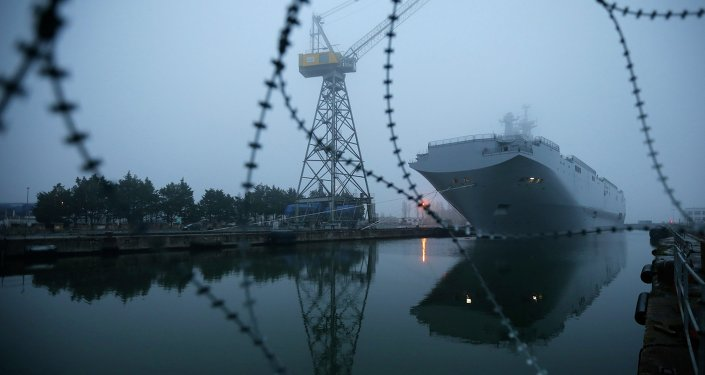 Porta-helicópteros Vladivostok da classe Mistral em Saint-Nazaire