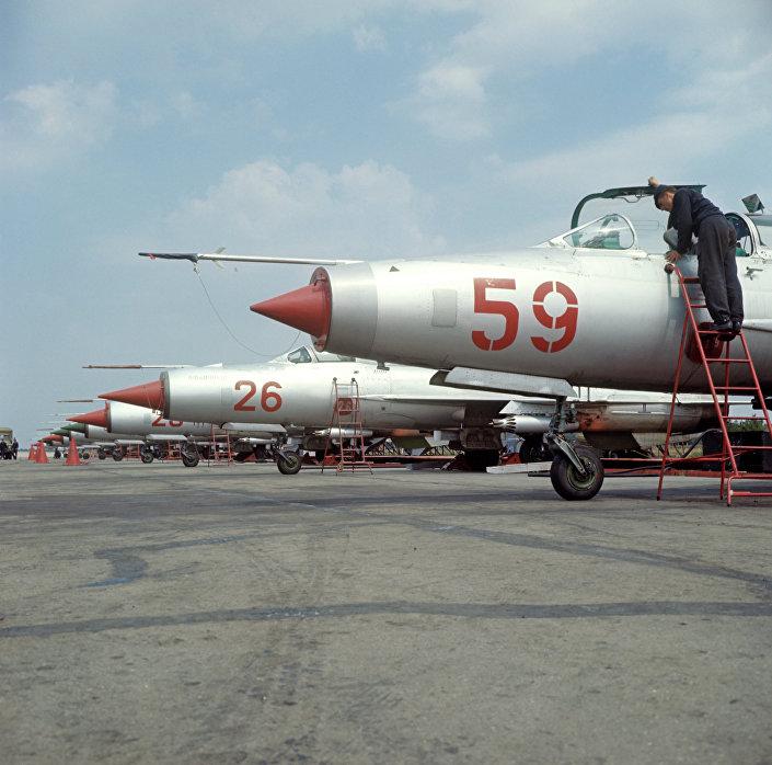 MiG-21 em solo