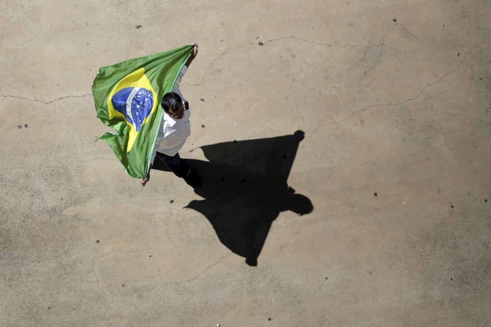 Um participante dos protestos contra a presidente do Brasil, Dilma Rousseff. Brasília, 16 de agosto de 2015.