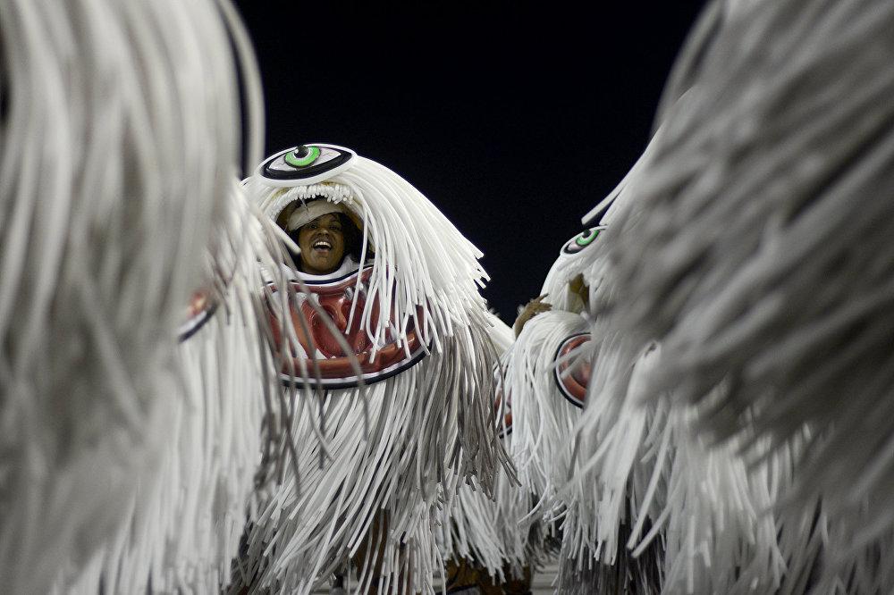São Clemente lembrou o homem que mudou o Carnaval carioca