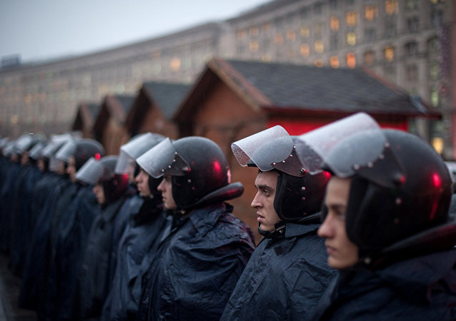 Soldados da polícia de choque Berkut