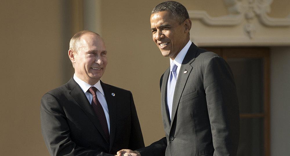 Presidente da Rússia Vladimir Putin e presidente dos Estados Unidos Barack Obama apertam as mãos