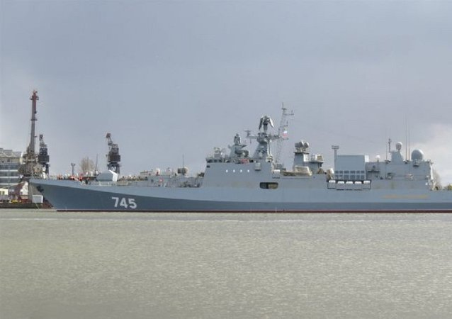 A sofisticada fragata russa Admiral Grigorovich do projeto 11356