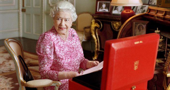 Rainha da Grã-Bretanha Elizabeth II no Palácio de Buckingham em Londres