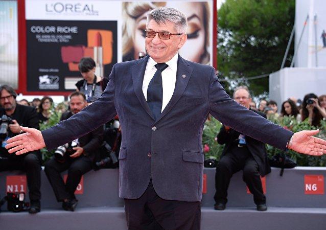 Cineasta Alexander Sokurov apresenta o filme Francofonia no 72° Festival de Cinema de veneza