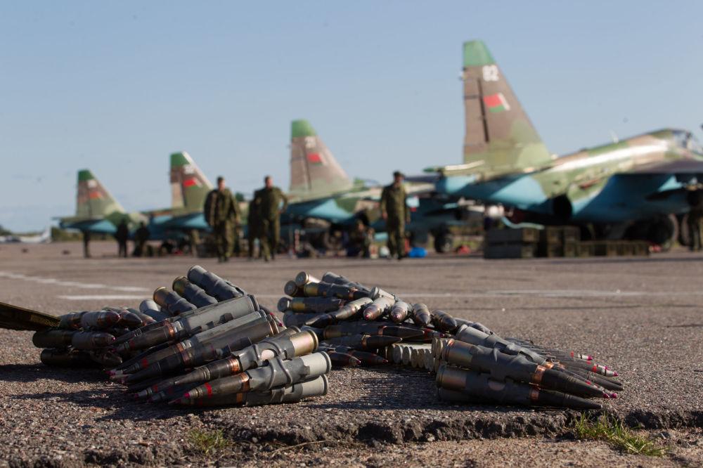 Armamentos de aviões Su-25 da Força Aérea bielorrussa
