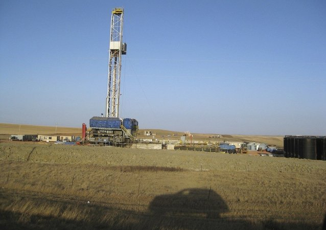 Instalação usada para extrair gás de xisto pelo método de fraturamento hidráulico