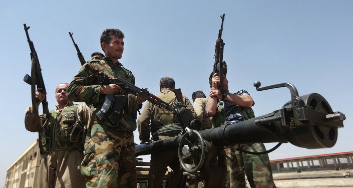 Milícia curda prepara-se para enfrentar o Estado Islâmico