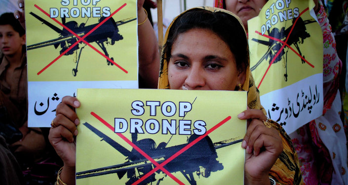 Mulheres pedem fim aos ataques dos EUA usando drones no Paquistão