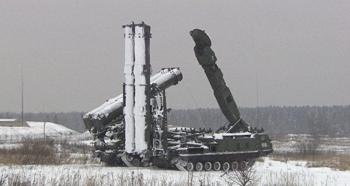 Conheça o sistema de defesa antiaérea Antei-2500 oferecido ao Irã